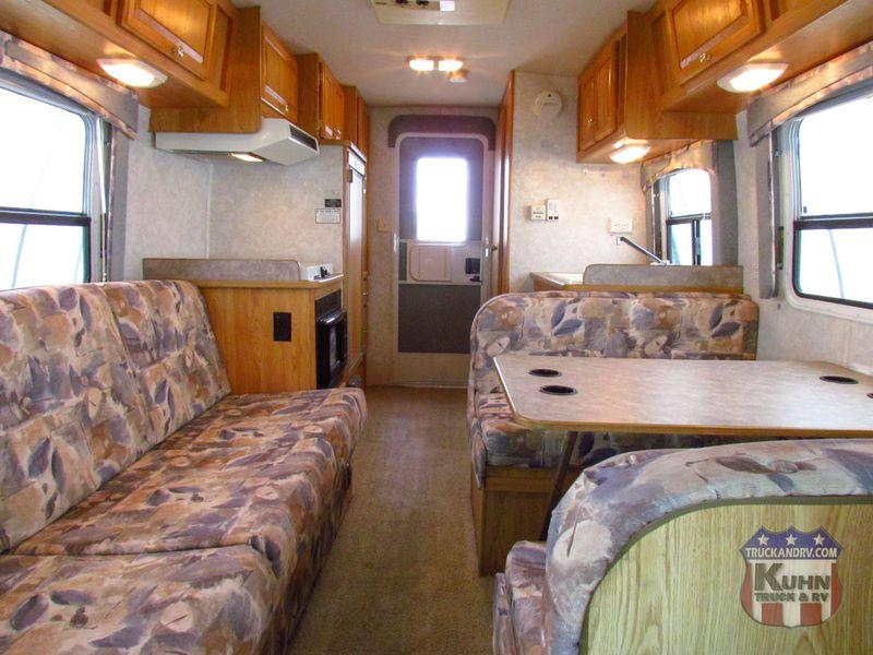 2003 R-Vision Trail Lite 210  in Sherwood, Ohio
