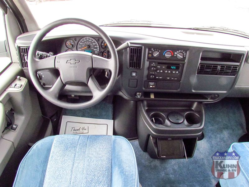 2003 Roadtrek 190 Versatile  in Sherwood, Ohio
