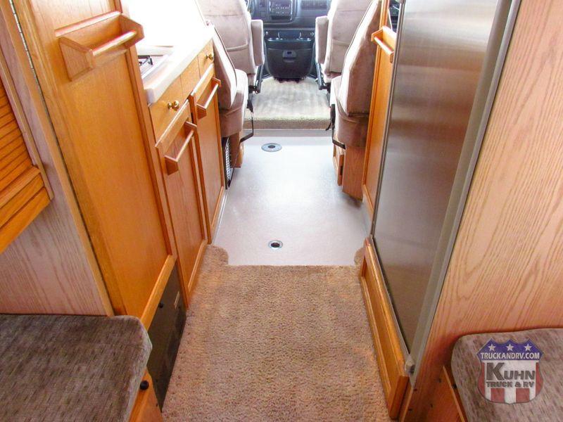 2003 Roadtrek 200 Versatile   in Sherwood, Ohio
