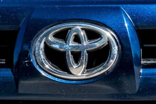 2003 Toyota 4Runner SR5 Reseda, CA 41