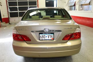 2003 Toyota Avalon Xls LEATHER, MOONROOF, LOW MILE ONE OWNER GEM Saint Louis Park, MN 4