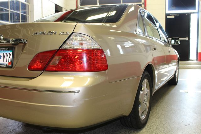 2003 Toyota Avalon Xls LEATHER, MOONROOF, LOW MILE ONE OWNER GEM Saint Louis Park, MN 30