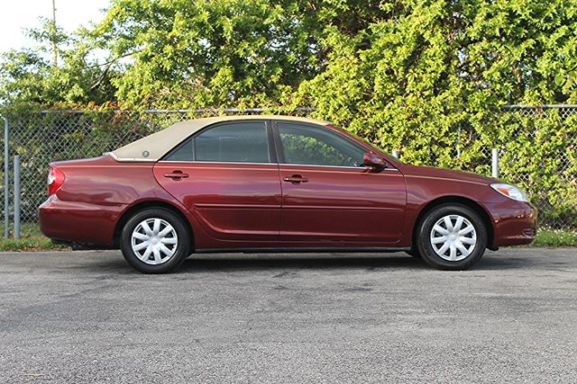 2003 Toyota Camry LE Hollywood, Florida 3