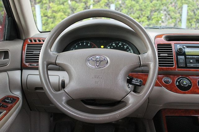2003 Toyota Camry LE Hollywood, Florida 15