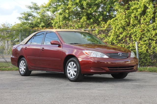 2003 Toyota Camry LE Hollywood, Florida 25
