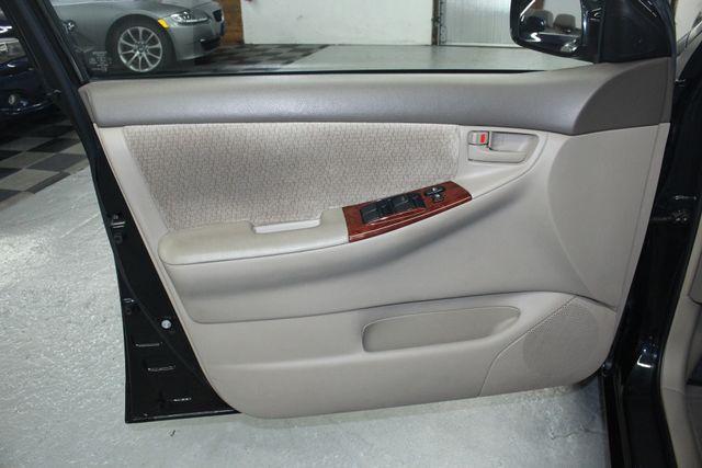 2003 Toyota Corolla LE Kensington, Maryland 14
