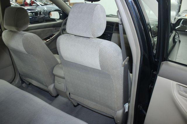 2003 Toyota Corolla LE Kensington, Maryland 39