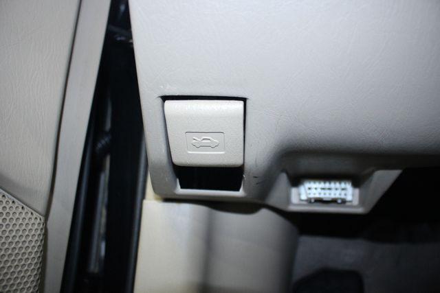 2003 Toyota Corolla LE Kensington, Maryland 75