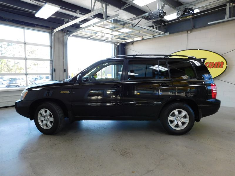 2003 Toyota Highlander Limited  city TN  Doug Justus Auto Center Inc  in Airport Motor Mile ( Metro Knoxville ), TN