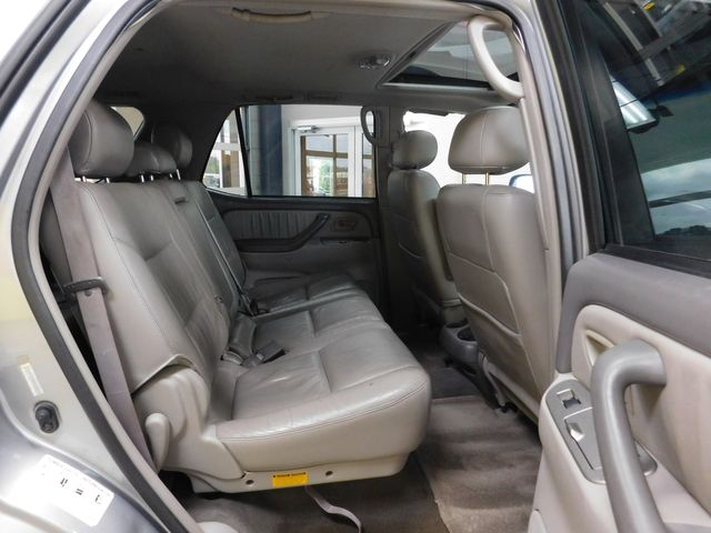 2003 Toyota Sequoia Limited in Airport Motor Mile ( Metro Knoxville ), TN 37777