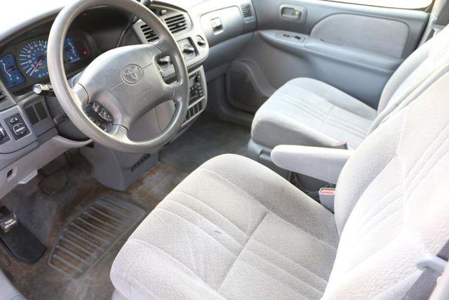 2003 Toyota Sienna CE Santa Clarita, CA 8