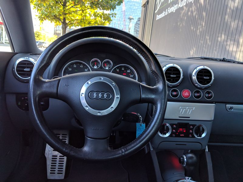 2004 Audi TT  Quattro 32 V6 250HP DSG6 43000 Miles Local 2 Owner History Heated Seats Navigation Bose RARE  city Washington  Complete Automotive  in Seattle, Washington