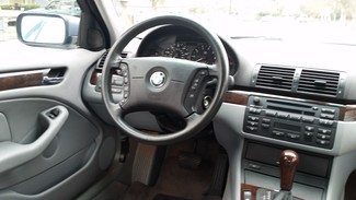 2004 BMW 325i Chico, CA 17