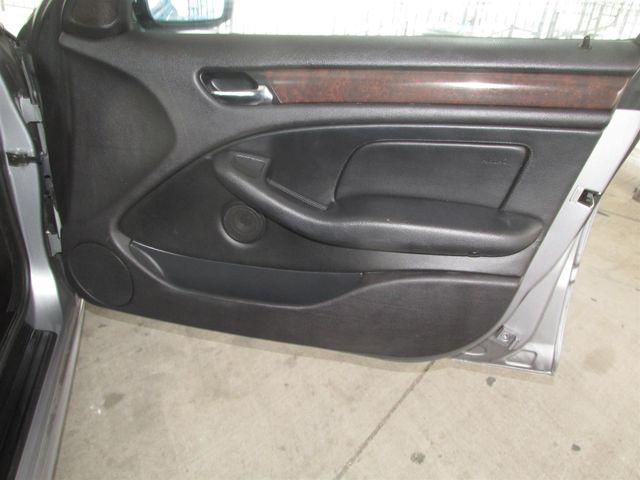 2004 BMW 325i Gardena, California 13