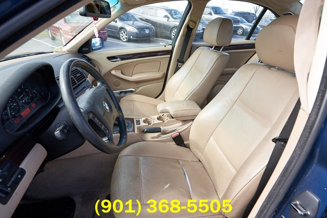 2004 BMW 325i in Memphis Tennessee, 38115