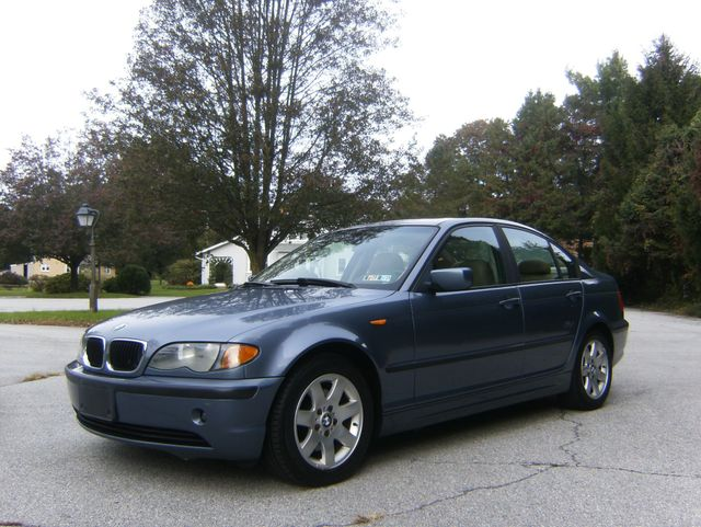 2004 BMW 325i West Chester, PA 5