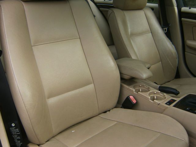 2004 BMW 325i West Chester, PA 11