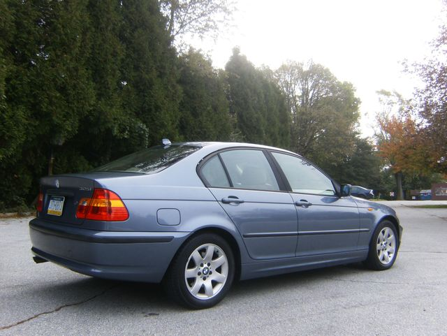 2004 BMW 325i West Chester, PA 2