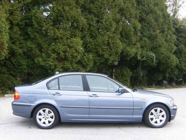 2004 BMW 325i West Chester, PA 1