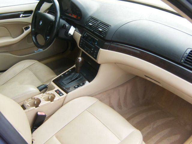 2004 BMW 325i West Chester, PA 9