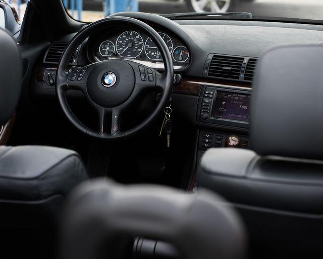 2004 BMW 330Ci Burbank, CA 26