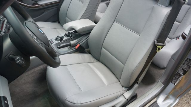 2004 BMW 330Ci ROADSTER Valley Park, Missouri 13