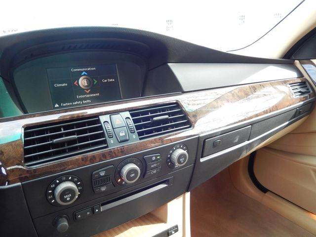 2004 BMW 545i 6-SPEED MANUAL W/SPORT/PREMIUM/NAVIGATION Leesburg, Virginia 18