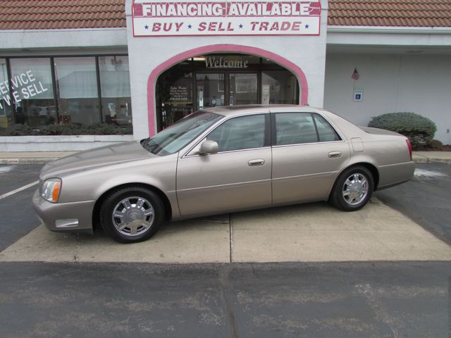 2004 Cadillac DeVille in Fremont OH, 43420