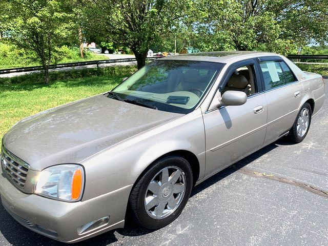 2004 Cadillac-96k!! 3 Day Sale Price! BHPH DTS-LOADED SHOWROOM CONDITION