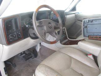 2004 Cadillac Escalade ESV Gardena, California 4