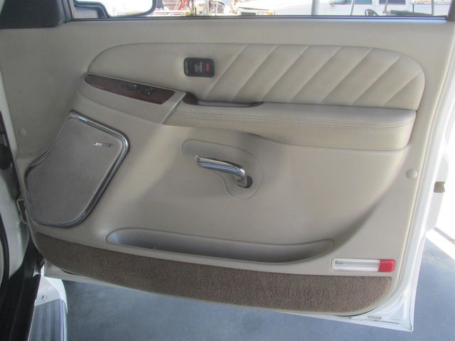 2004 Cadillac Escalade ESV Platinum Edition Gardena, California 12