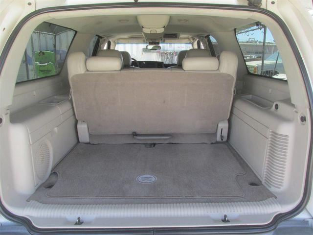 2004 Cadillac Escalade ESV Platinum Edition Gardena, California 10