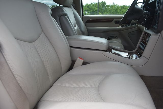 2004 Cadillac Escalade Naugatuck, Connecticut 9