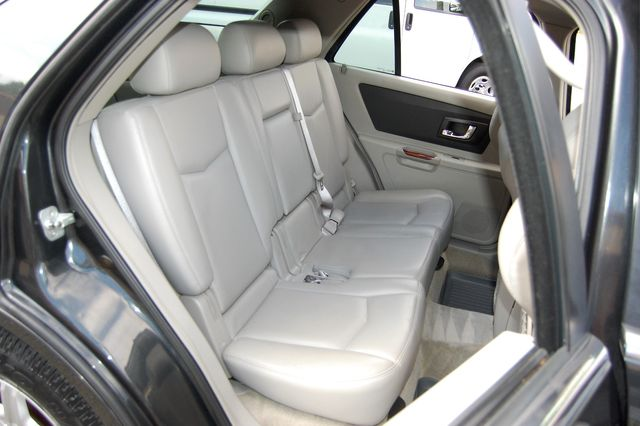 2004 Cadillac SRX Charlotte, North Carolina 12