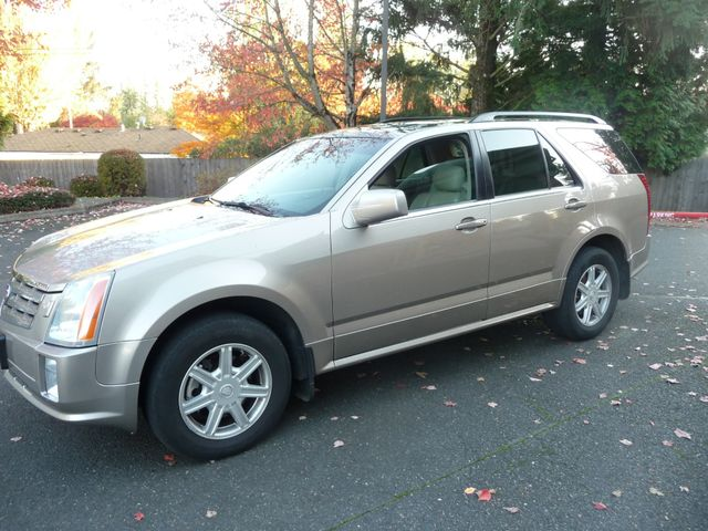 2004 Cadillac SRX in Portland OR, 97230