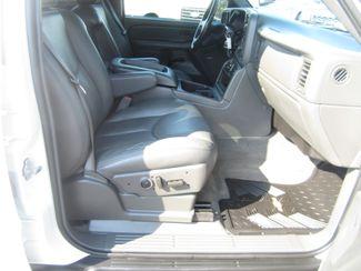 2004 Chevrolet Avalanche Z66 Batesville, Mississippi 36
