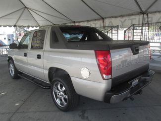2004 Chevrolet Avalanche Gardena, California 1