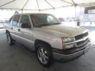 2004 Chevrolet Avalanche Gardena, California 3