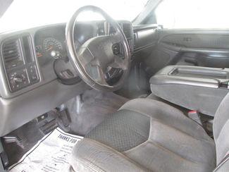 2004 Chevrolet Avalanche Gardena, California 4