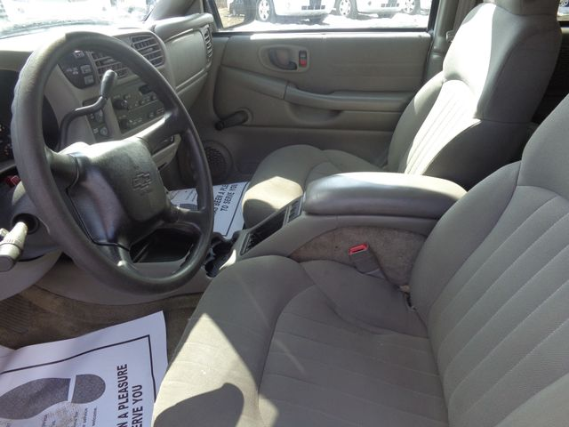 2004 Chevrolet Blazer Hoosick Falls, New York 5