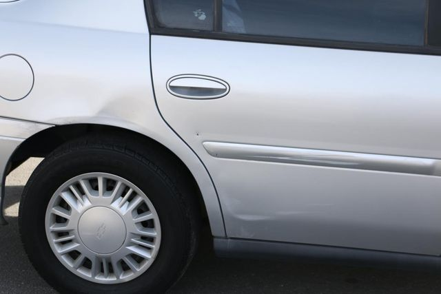 2004 Chevrolet Classic Santa Clarita, CA 26