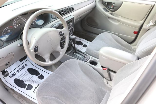 2004 Chevrolet Classic Santa Clarita, CA 8