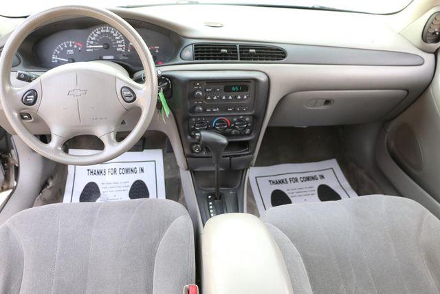 2004 Chevrolet Classic Santa Clarita, CA 7