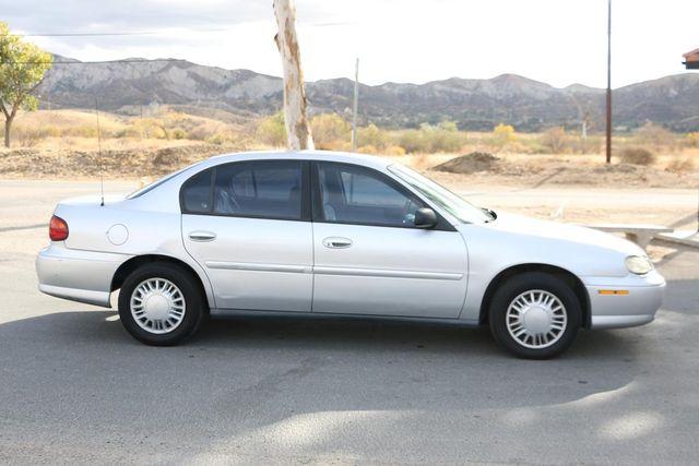 2004 Chevrolet Classic Santa Clarita, CA 12