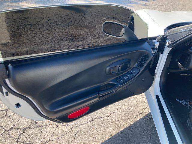 2004 Chevrolet Corvette Custom Pearl White in Boerne, Texas 78006
