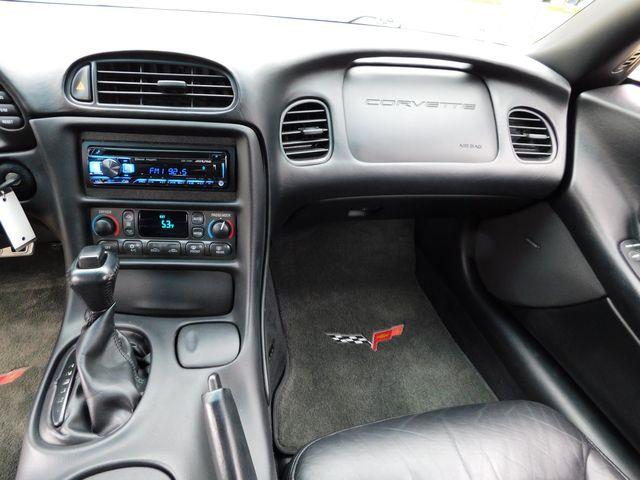 2004 Chevrolet Corvette Coupe Automatic, CD Player, C6 Chrome Wheels 33k in Dallas, Texas 75220