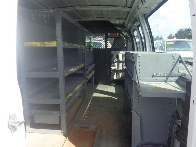 2004 Chevrolet Express Cargo Van Hoosick Falls, New York 4
