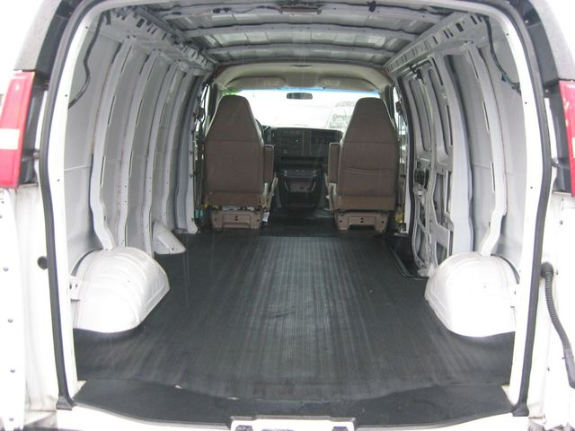2004 Chevrolet Express Cargo Van Richmond, Virginia 12