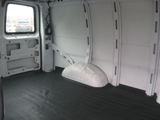 2004 Chevrolet Express Cargo Van Richmond, Virginia 14