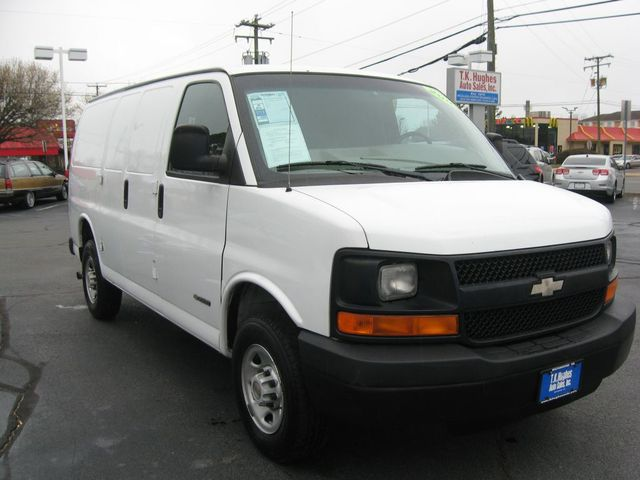 2004 Chevrolet Express Cargo Van Richmond, Virginia 3